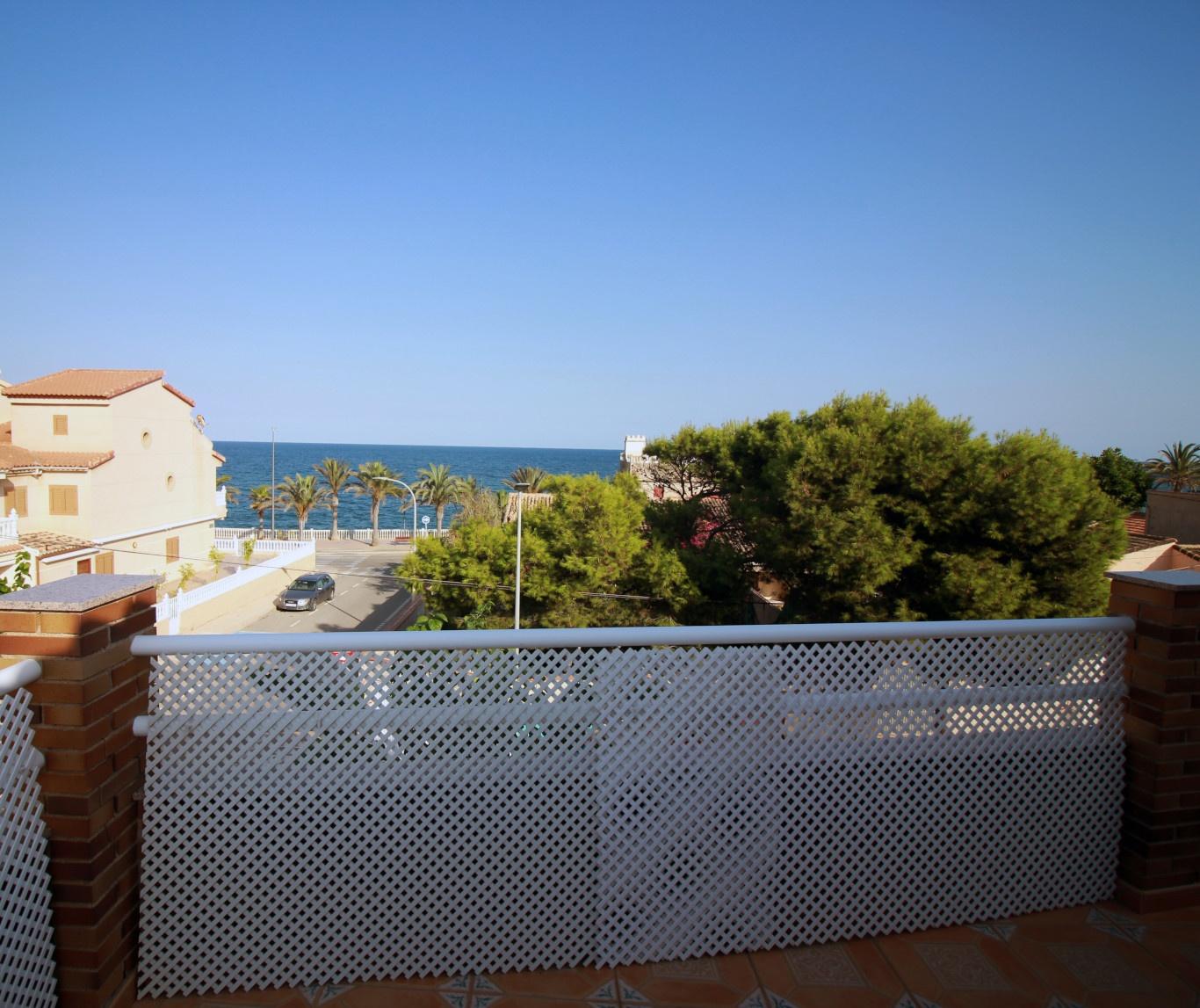 Alquiler de Casa Segunda Linea de playa